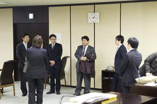 松井先生到着.jpg